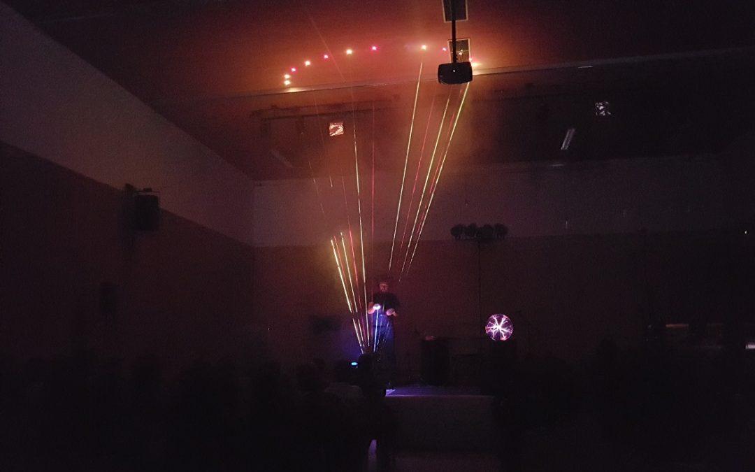 »Tesla« v kulturnem domu v Bukovici