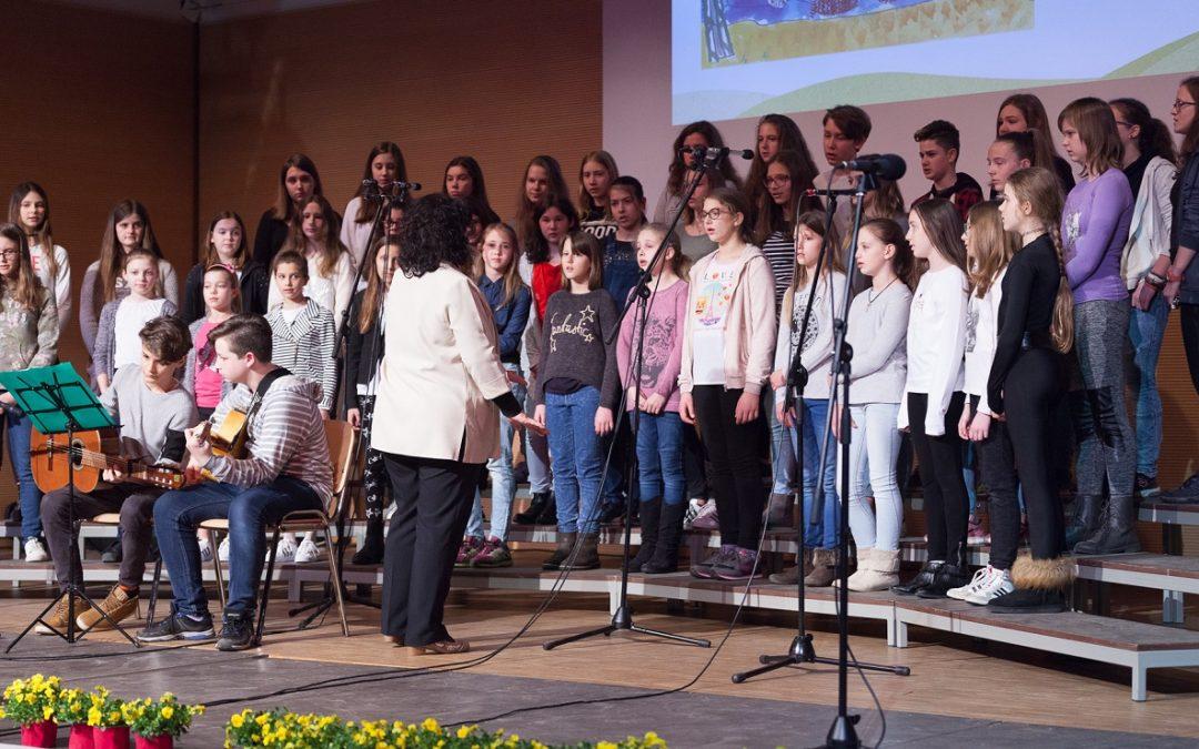 Dobrodelni koncert pevskih zborov OŠ Renče