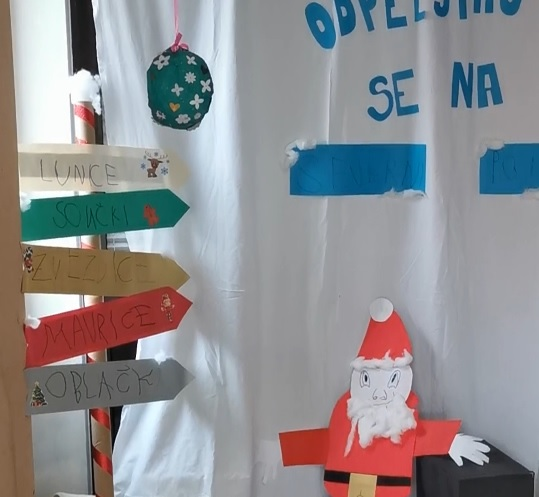 Novoletno voščilo otrok iz Renč in Bukovice